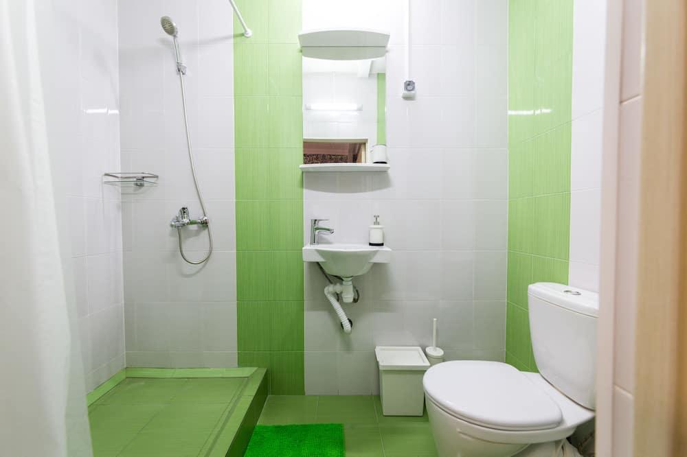 Luksuzna četverokrevetna soba, 1 king size krevet i kauč na rasklapanje - Kupaonica