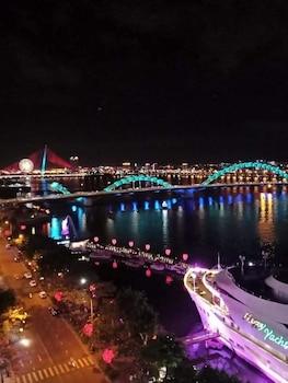 峴港快樂酒店的圖片