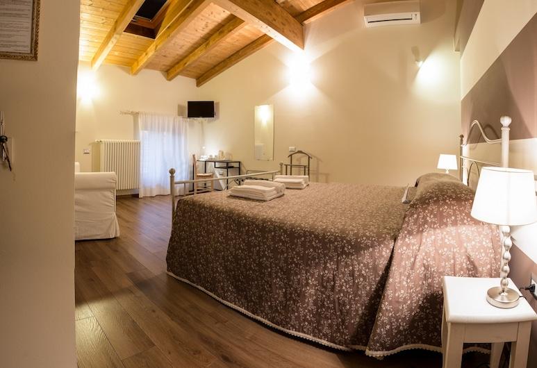诺萨雷农庄和乡村露营酒店, 明乔河畔瓦莱焦 , 舒适双人房, 客房景观