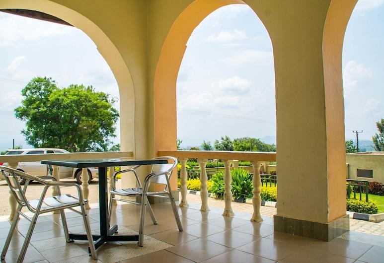 Rukungiri Inn, Rukungiri, Terrace/Patio