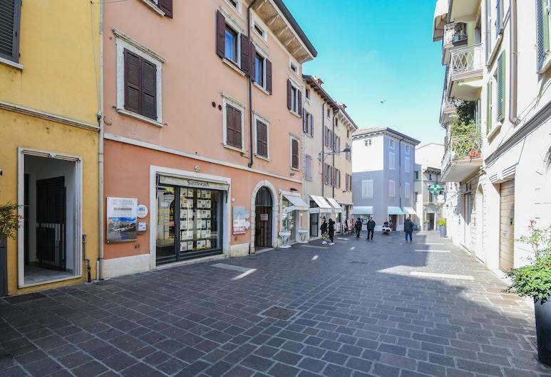 Desenzanoloft – Desenzano Corte Blu Downtown, Desenzano del Garda, Sissepääs