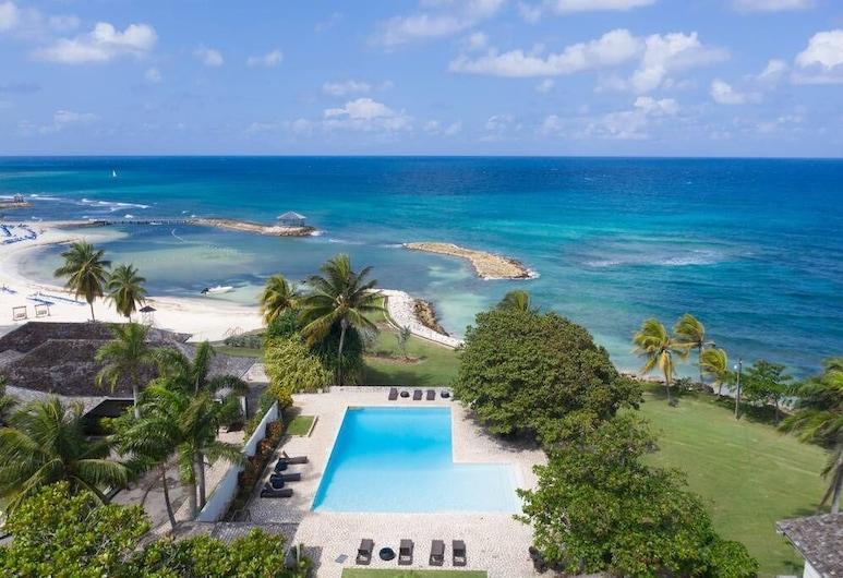 Nianna Coral Bay Luxurious Townhouse- 3, Montego Bay, Spiaggia