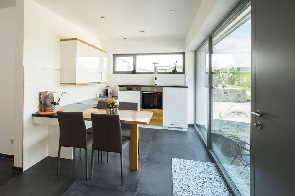 Comfort appartement, 1 slaapkamer, Toegankelijk voor mindervaliden - Eetruimte in kamer