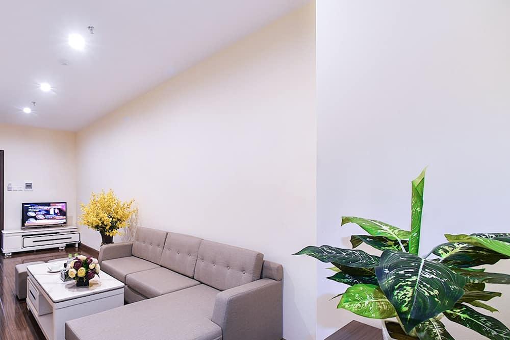 Luxury Room, 1 Queen Bed, Non Smoking - Living Area