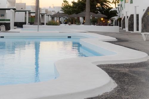 泳池休閒酒店
