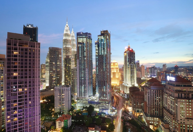 Ibis Kuala Lumpur City Centre Hotel, Kuala Lumpur, Deluxe Room, 1 Queen Bed, Guest Room View