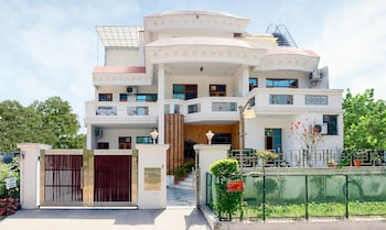 Picture of Treebo Star Guest House in Panchkula