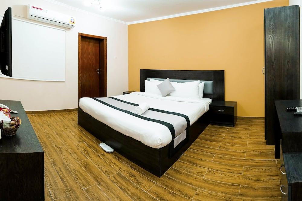 Basic-Dreibettzimmer, 3Schlafzimmer - Badezimmer