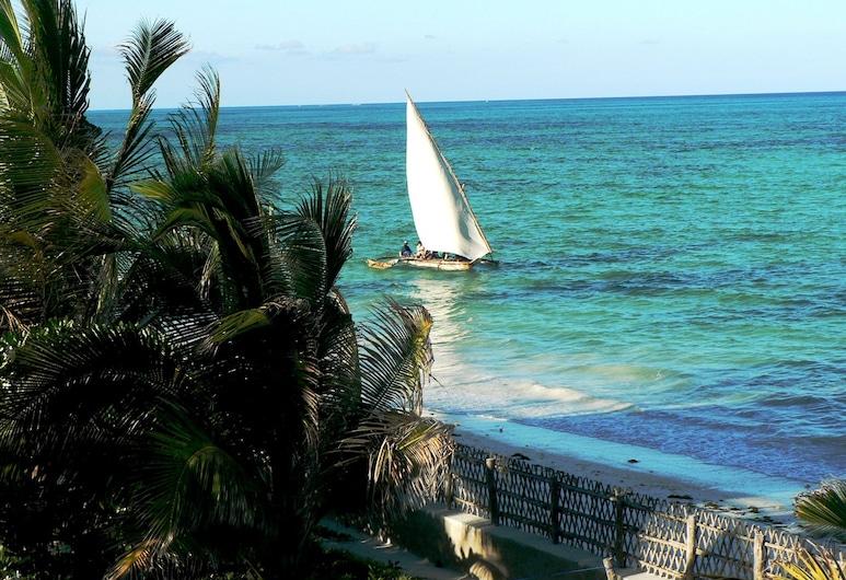 أليبيز ويل فيلا, جامبياني