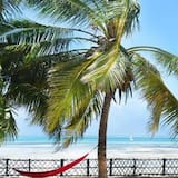 Comfort dvokrevetna soba za jednu osobu, 1 king size krevet, pogled na plažu, uz plažu - Pogled na plažu/ocean