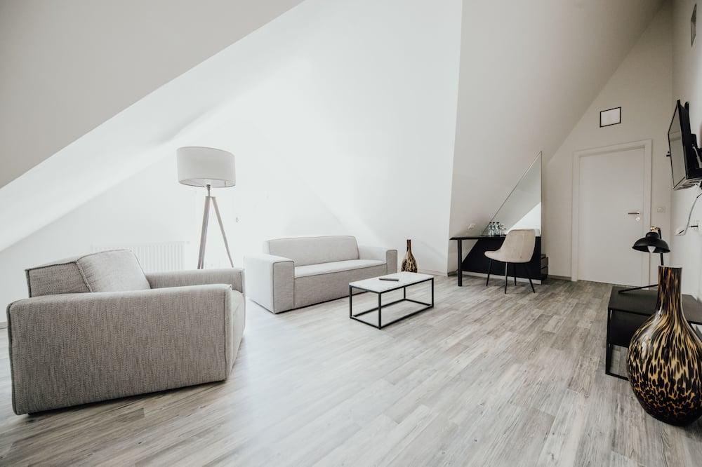 Deluxe Double Room - Guest Room