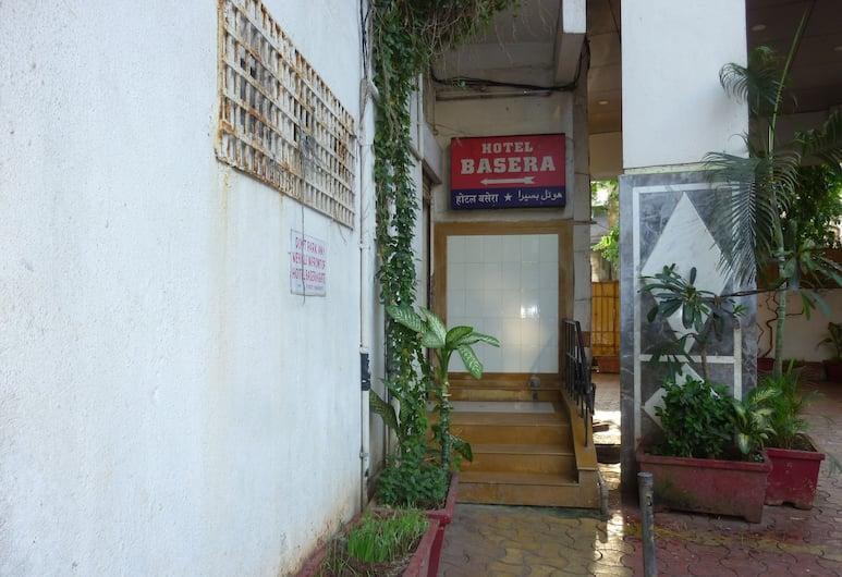 Basera Hotel, Mumbai, Hotel Entrance