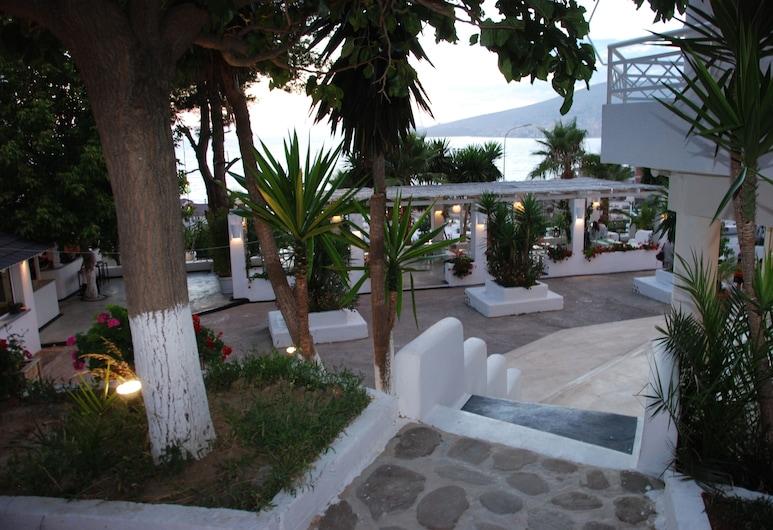 ホテル サランダ, Sarandë, 施設の敷地