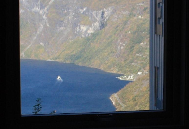 Hotell Utsikten Geiranger - by Classic Norway Hotels, Stranda, Yhden hengen huone, Merinäköala, Näköala huoneesta