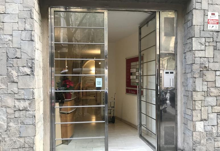 Fisa Rentals Aribau Apartments, Barcelona, Frente do imóvel