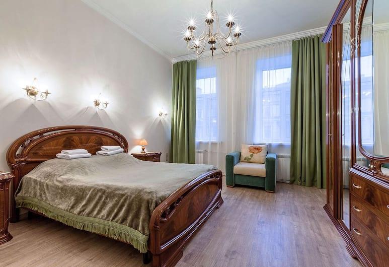 Friends apartment on Marata, San Pietroburgo