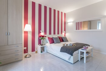 Mediolan — zdjęcie hotelu notaMi - Violet Home Loreto