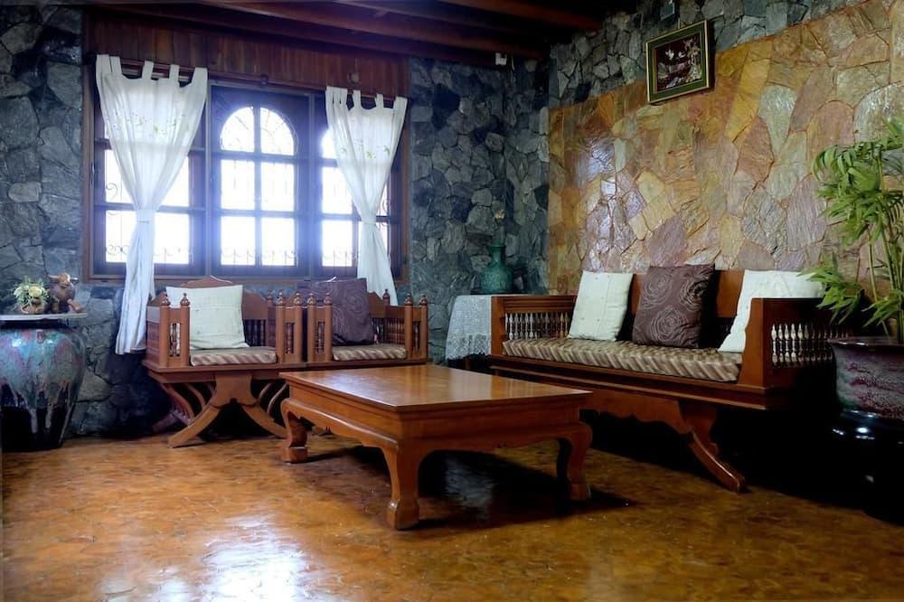 Villa with Garden View - Living Area