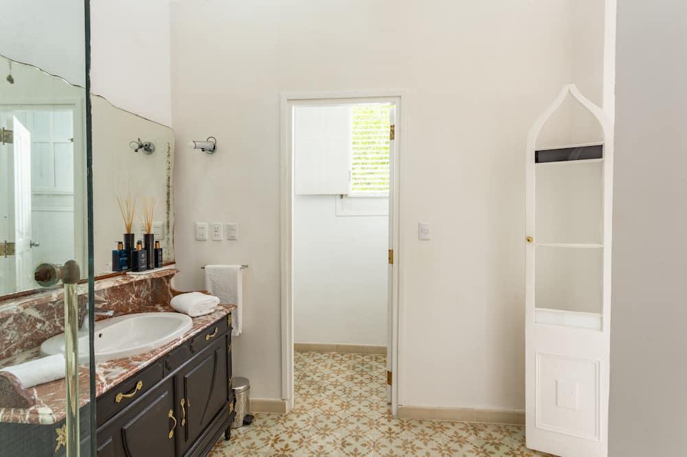 디자인 스위트, 킹사이즈침대 1개, 앙스위트 - 욕실