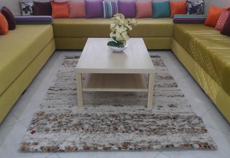 Appartement 18 ensoleillé à 5 min de la plage El Jadida, El Jadida, Apart Daire, 2 Yatak Odası, Oturma Odası