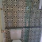 Standard Room with Shared Bathroom - Bathroom