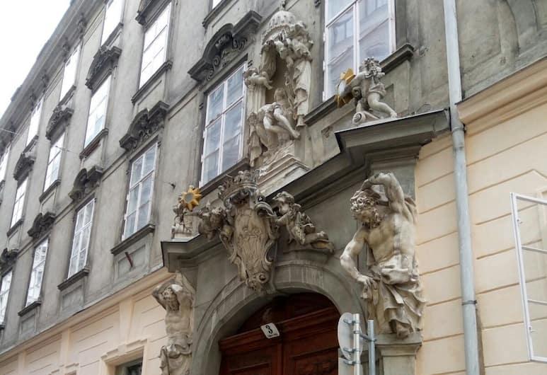 City Center Homes, Vīne, Skats no naktsmītnes