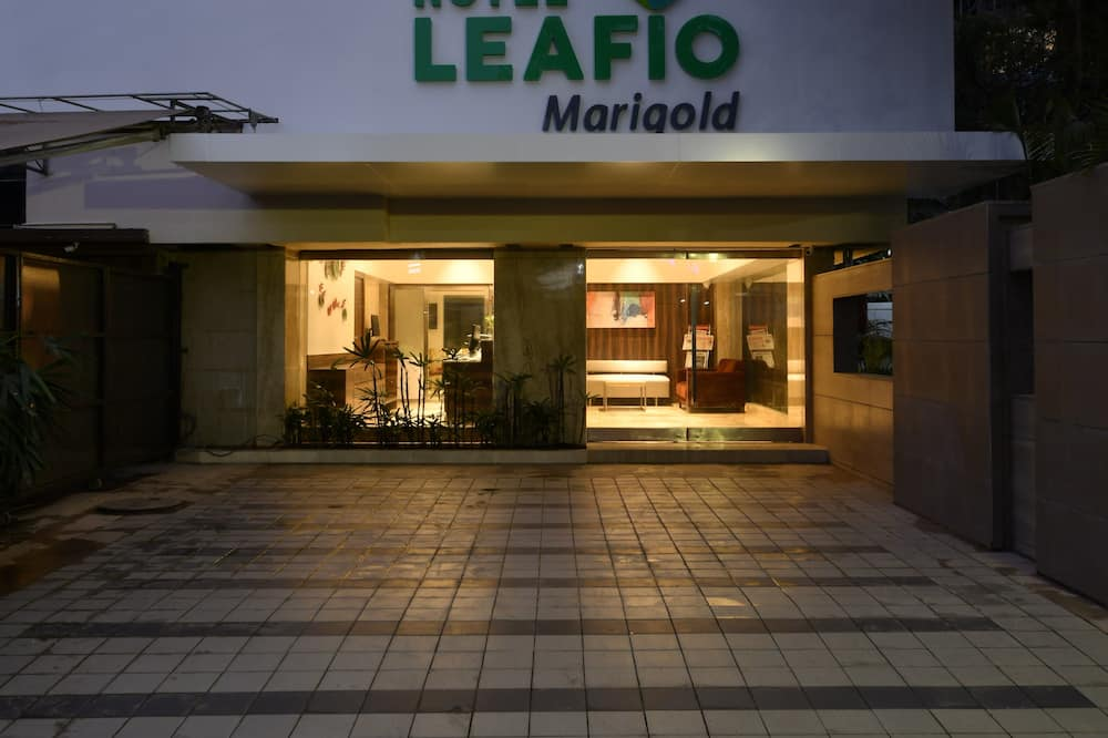 Hotel Leafio Marigold Marol