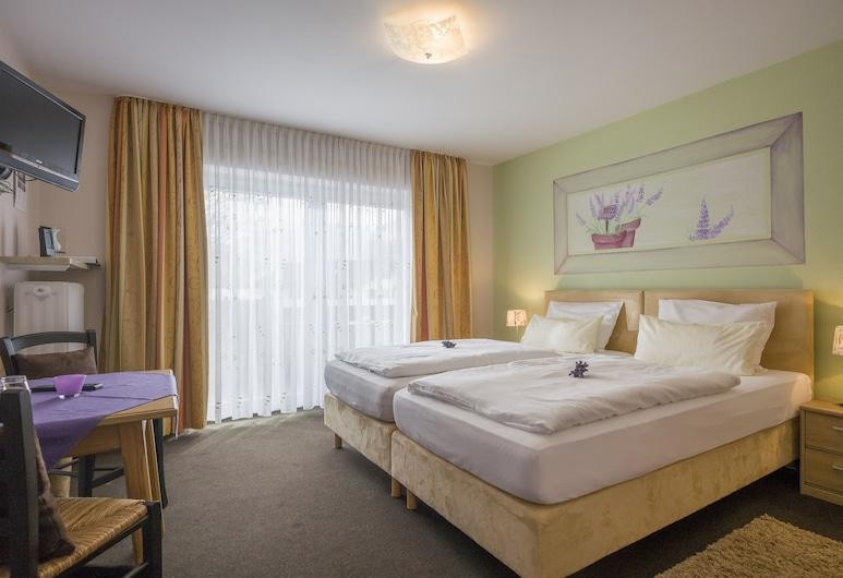 Frühstückspension Lavendel, Oberaudorf, Double Room (Provonce), Bilik Tamu