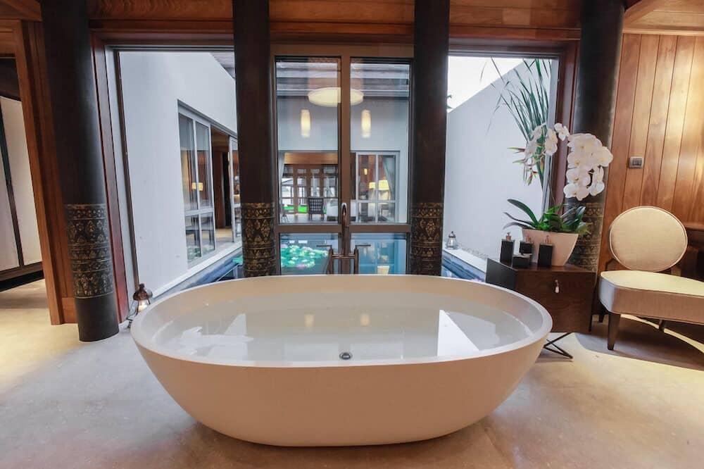 Вилла «люкс» - Глубокая ванна