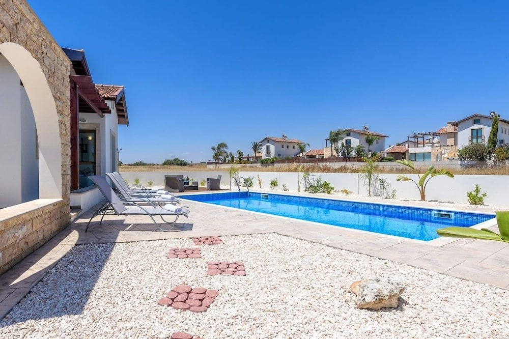 Bungalow, 3 Bedrooms, Private Pool - Private pool