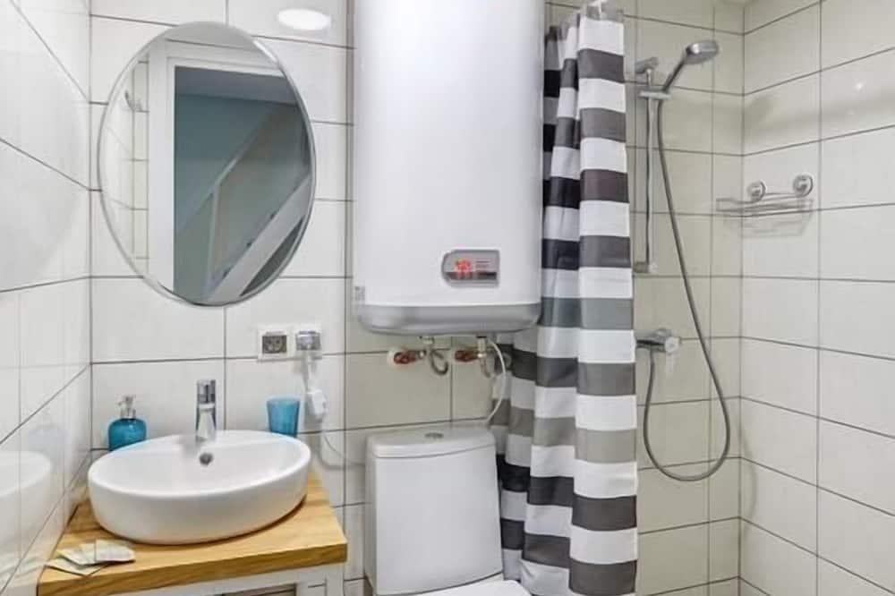 Stúdió, 1 kétszemélyes ágy - Fürdőszoba