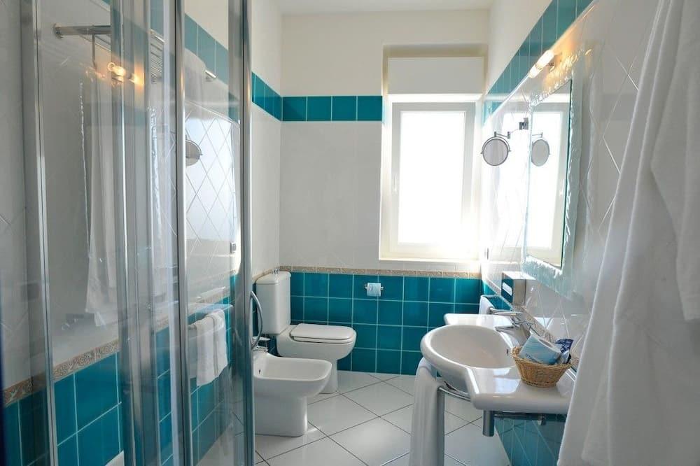 Junior Suite (2 Adults) - Bathroom