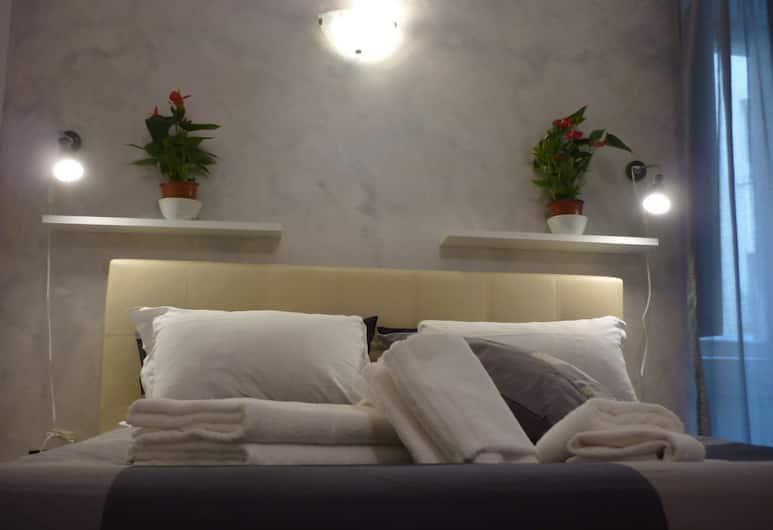 OneTime 25, Róma, Szoba kétszemélyes ággyal, kilátással az udvarra, Vendégszoba
