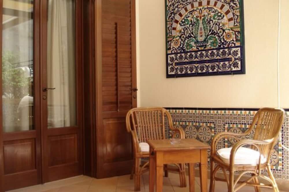 Triple Room (Veranda) - Balcony