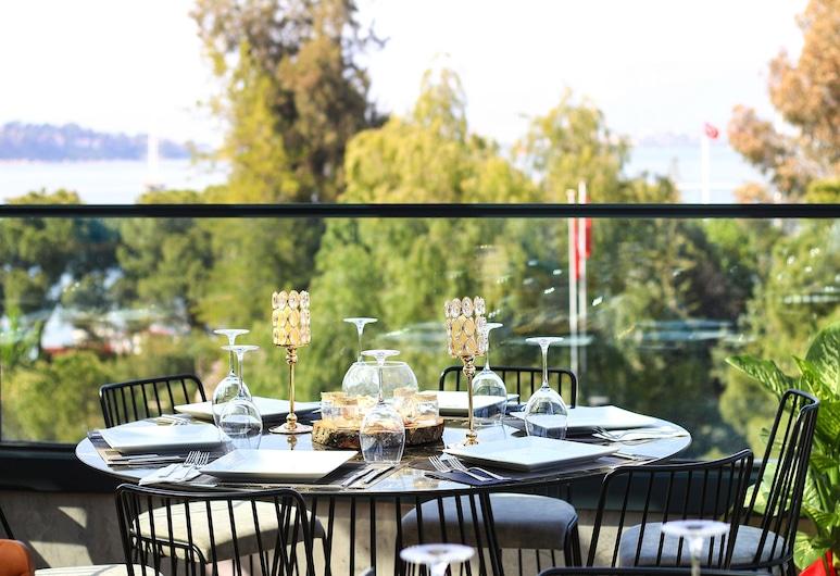 Reis Royal Hotel, Fethiye, Açık Havada Yemek