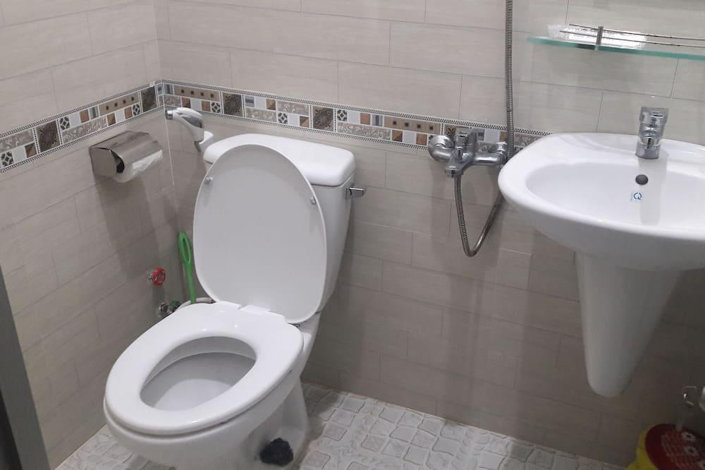 ห้องดับเบิล, ระเบียง - ห้องน้ำ