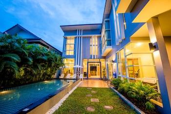 Picture of Dream Living Chiangmai Pool Villa in San Sai