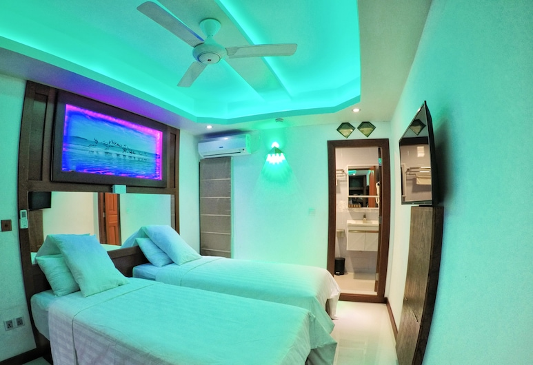 Six In One, Malé, Comfort Double or Twin Room, 1 Double Bed, Smoking, City View, Guest Room