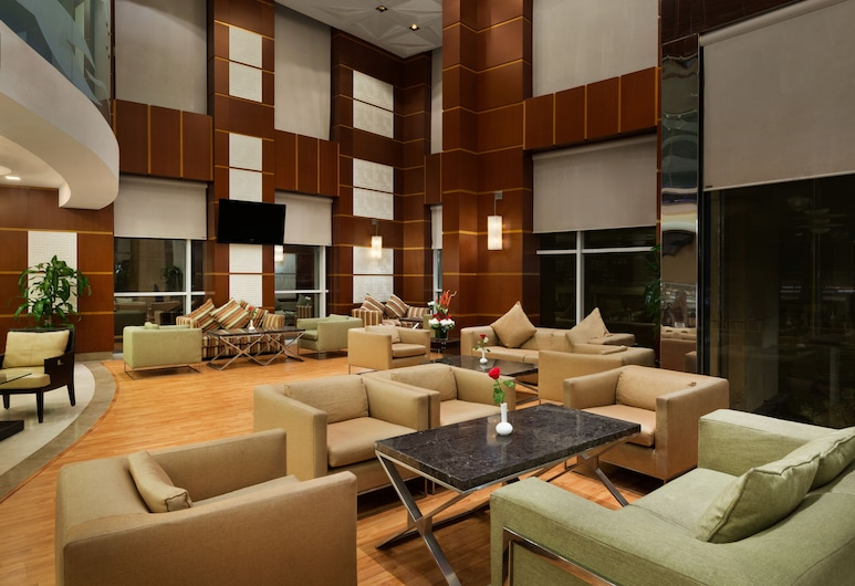 Ramada by Wyndham Al Khobar King Abdullah Street, Khobar, Sittområde i lobbyn