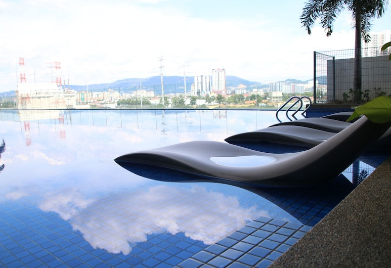 Victoria Home Sentrio Suites, Kuala Lumpur, Välibassein
