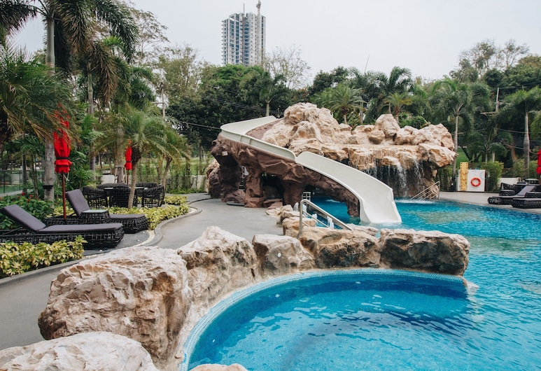 Sea View Residence Cozy Beach by Jeab, Pattaya, Outdoor Pool
