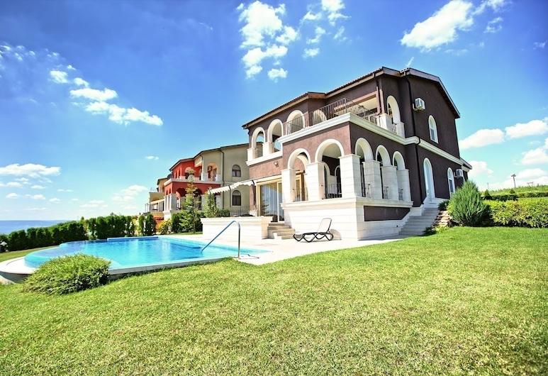 Lighthouse Luxe Estate Apart & Villas, Balchik
