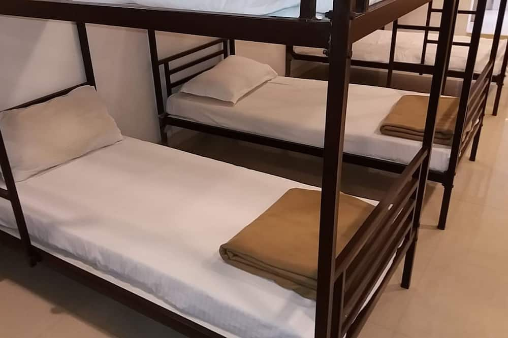 Eenvoudige slaapzaal, gemengd - Woonruimte