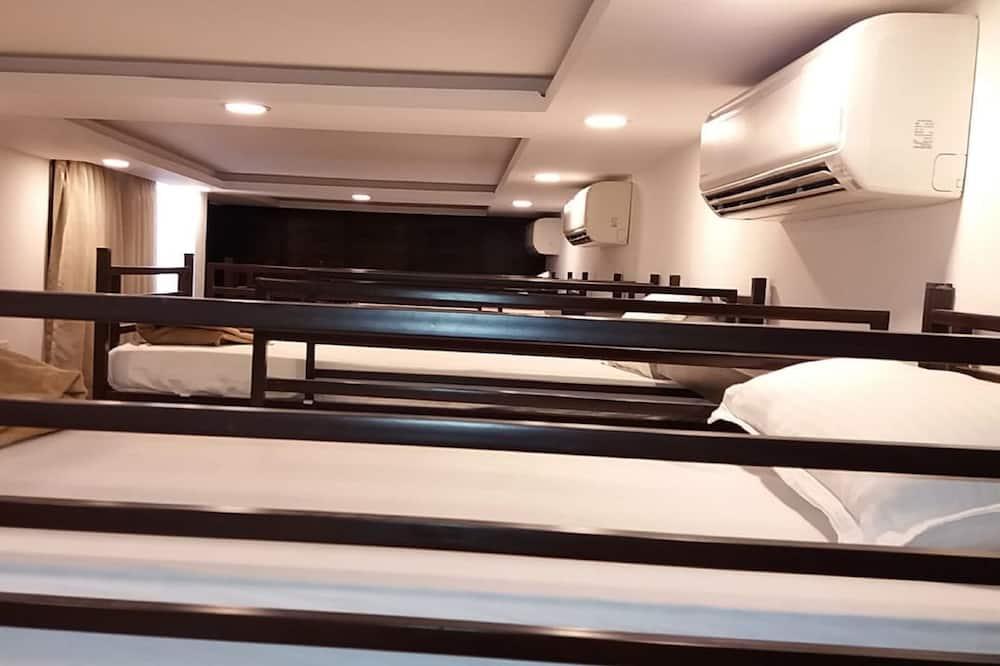 Eenvoudige slaapzaal, gemengd - Kamer