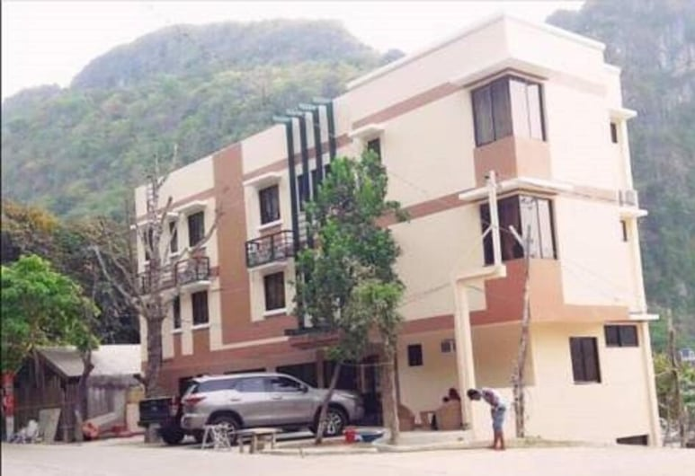 Dayunan Pili Tree Tourist Inn, El Nido