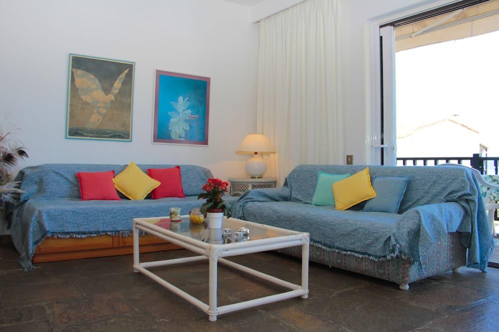 Apartemen - Ruang Keluarga
