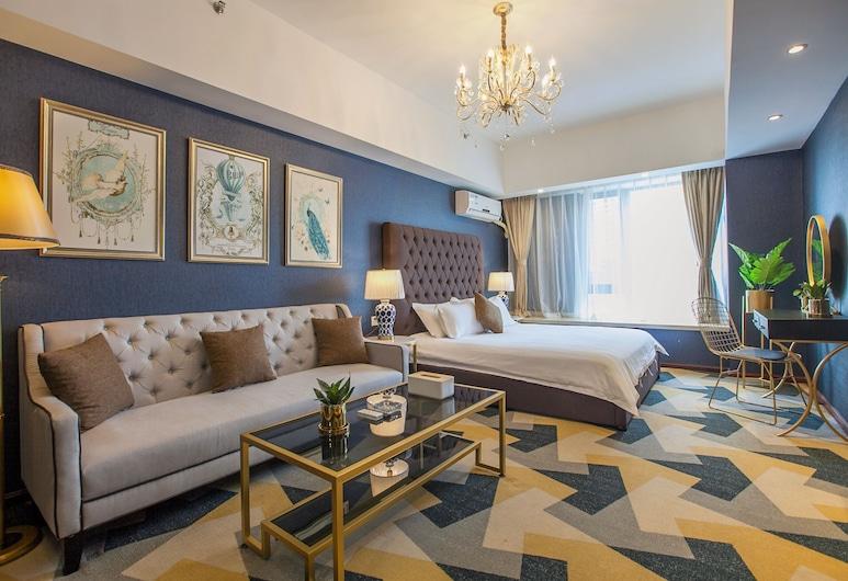 武漢卡洛公爵酒店公寓, 武漢市,  品皇藝術湖景大床房, 客房