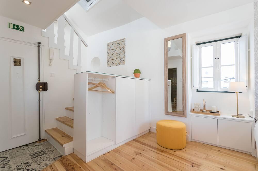 Loft, River View - Living Area
