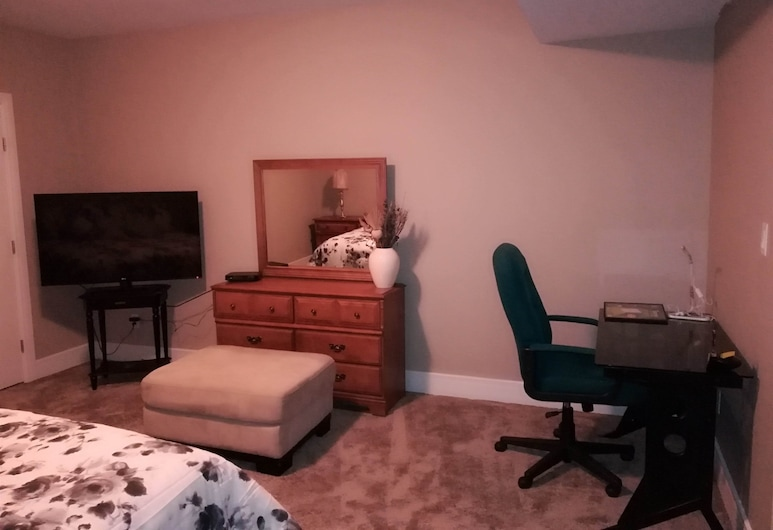 McConachie Luxury Inn, Edmonton, Zimmer, eigenes Bad (Raz), Zimmer