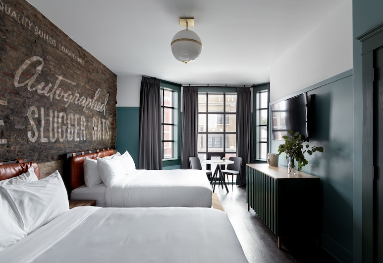 The Wheelhouse Hotel, Chicago, Double Queen, Guest Room